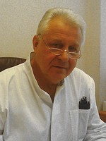 Абрамов Владимир Алексеевич – заслуженный врач РФ